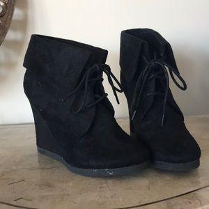 Size 7 Black Booties!